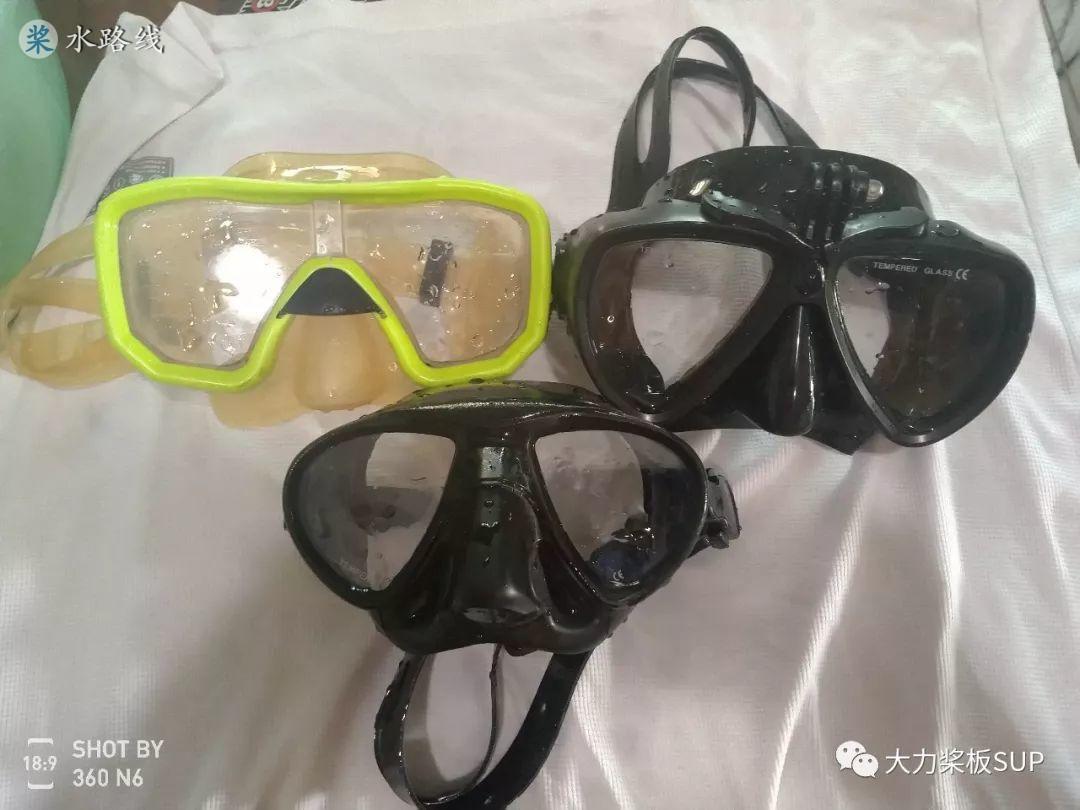 大力讲解自由潜面镜和普通面镜的特点,以及防雾方法。- 水路线